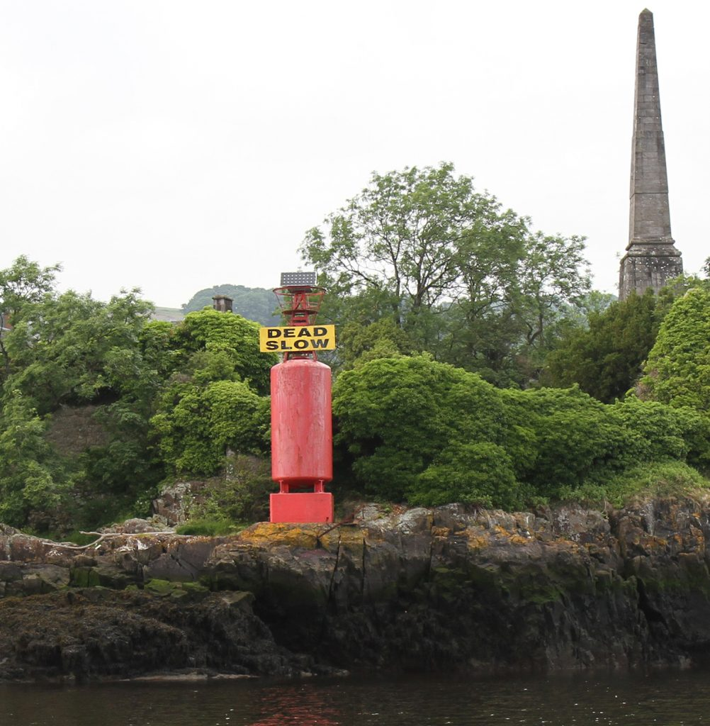 A beacon warning boats to go 'DEAD SLOW'
